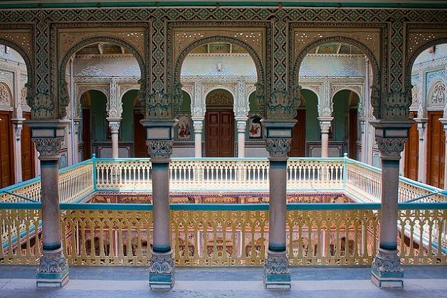 Inside Anandi Lal Poddar Haveli